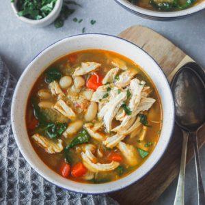 instant pot chicken quinoa veggie soup in bowls