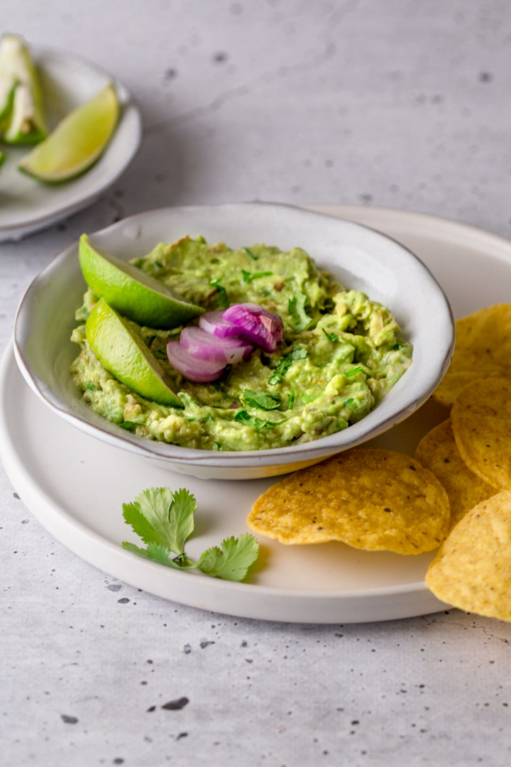guacamole with corn tortillas
