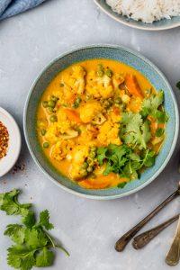 cauliflower coconut curry in a bowl